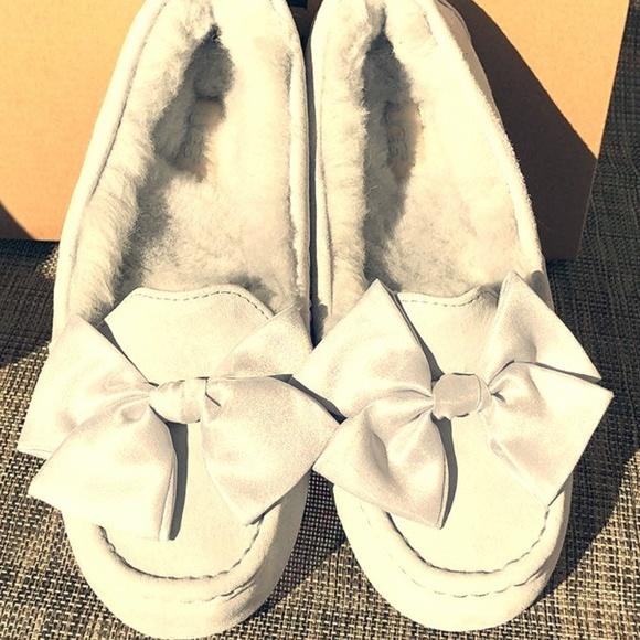 2d73eb87390 UGG Clara Glam Bow Boutique
